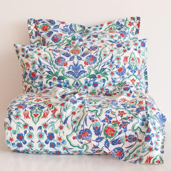 linge de lit aux motifs floraux soldes d co les bonnes affaires rep r es pour vous. Black Bedroom Furniture Sets. Home Design Ideas