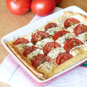 tarte tomate mozzarella 25 recettes tomate mozzarella journal des femmes. Black Bedroom Furniture Sets. Home Design Ideas