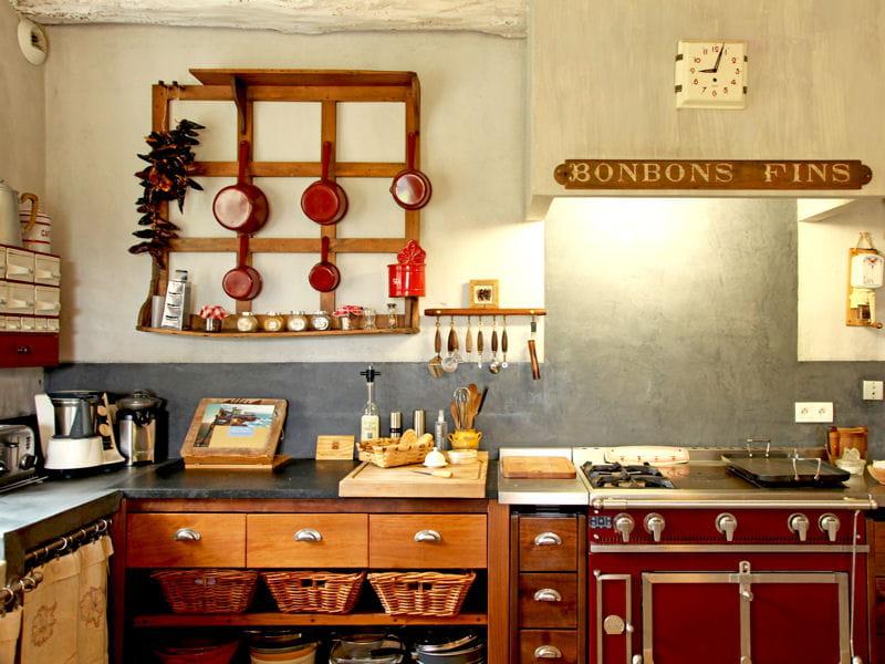 cuisine vintage et familiale l 39 esprit maison de famille au coeur de la d co journal des femmes. Black Bedroom Furniture Sets. Home Design Ideas