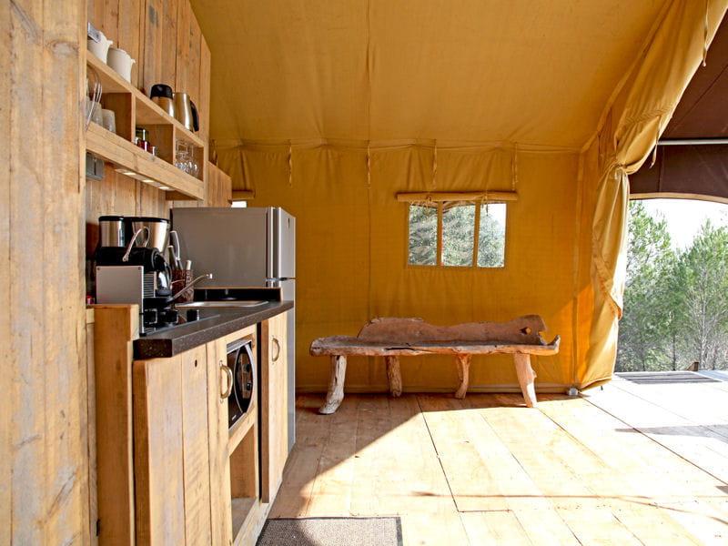 Une cuisine ouverte sur la nature des cuisines comme on for Cuisine ouverte nature
