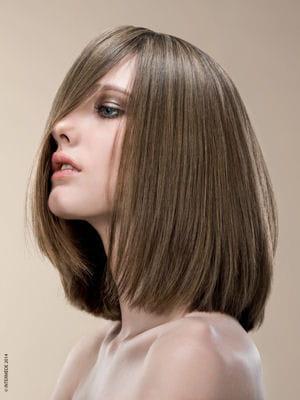 coupe au carr lisse les coiffures tendance de l 39 ann e journal des femmes. Black Bedroom Furniture Sets. Home Design Ideas