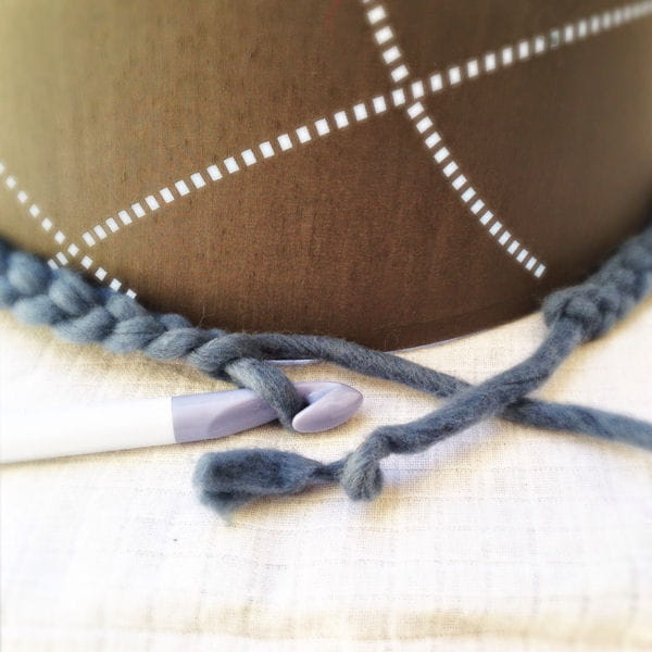 etape 1 r aliser la cha nette de laine. Black Bedroom Furniture Sets. Home Design Ideas