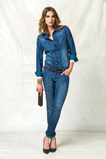 combinaison esprit bleu de travail de bonobo jeans jamais sans mon jean journal des femmes. Black Bedroom Furniture Sets. Home Design Ideas