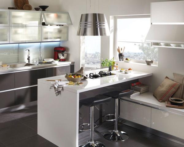 La cuisine des petits espaces quand la cuisine s 39 int gre au s jour jo - Journal de femmes cuisine ...