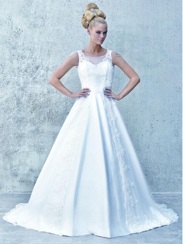 robe operial imp ratrice tati mariage toute la. Black Bedroom Furniture Sets. Home Design Ideas