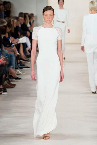 la robe moulante ralph lauren fashion week les plus