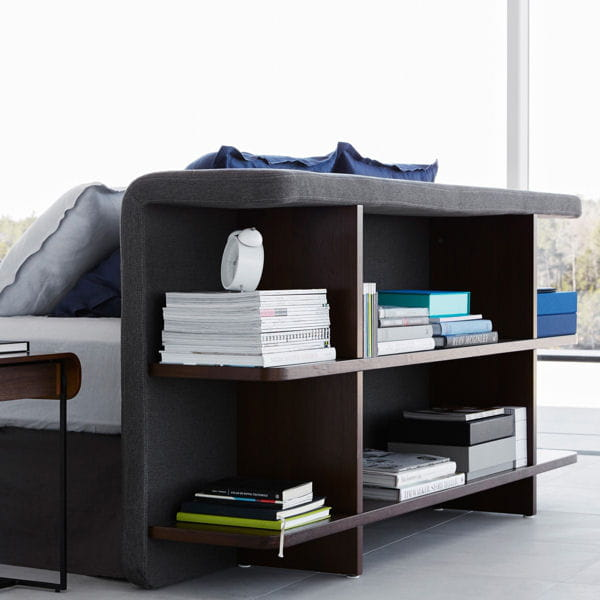 une t te de lit biblioth que l gante du mobilier malin. Black Bedroom Furniture Sets. Home Design Ideas