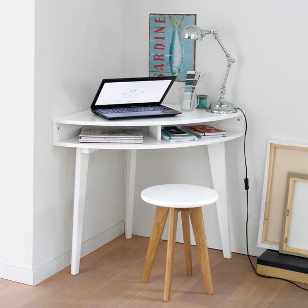 Le bureau qui tient dans un angle du mobilier malin pour for Console de bureau