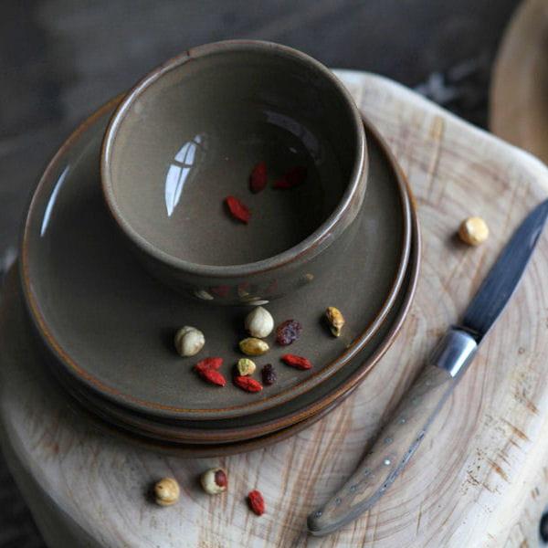 vaisselle maul on de jean vier tendance la vaisselle sans fard journal des femmes. Black Bedroom Furniture Sets. Home Design Ideas