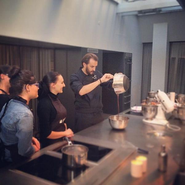 Cyril lignac en plein cours insta 39 chef dans l - Cours cuisine cyril lignac ...