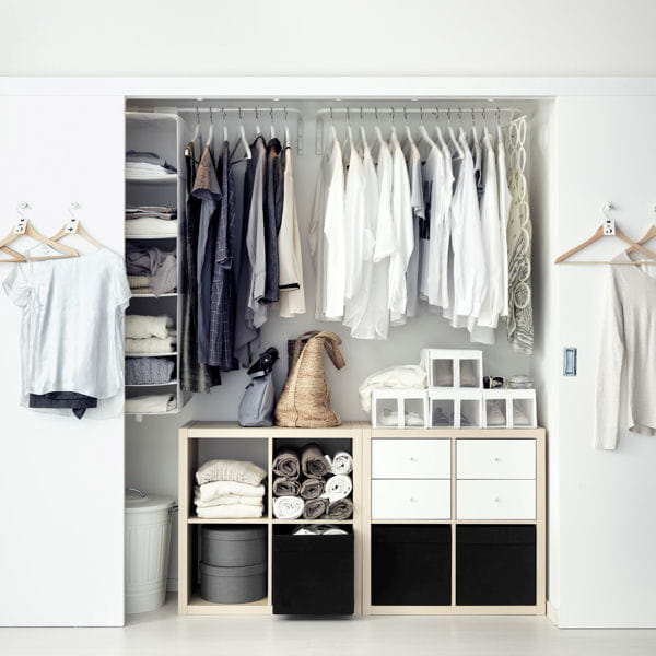 bien clairer le dressing 20 astuces d co piqu es ikea. Black Bedroom Furniture Sets. Home Design Ideas