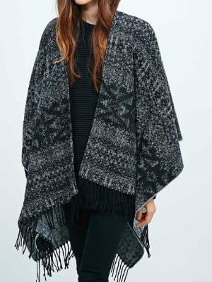 Charpe plaid ruana motif jacquard de urban outfitters on s 39 emmitoufle dans notre charpe - Echarpe plaid femme ...