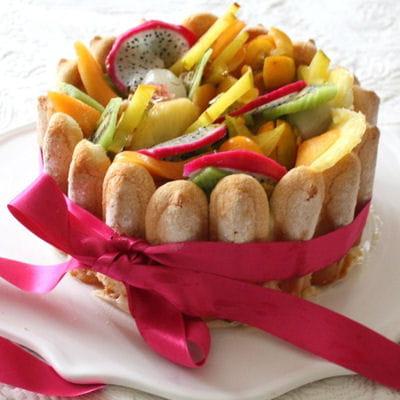 charlotte aux fruits exotiques 35 recettes au kiwi. Black Bedroom Furniture Sets. Home Design Ideas