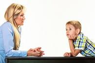 il est important d'en discuter avec son enfant, de manière indirecte et