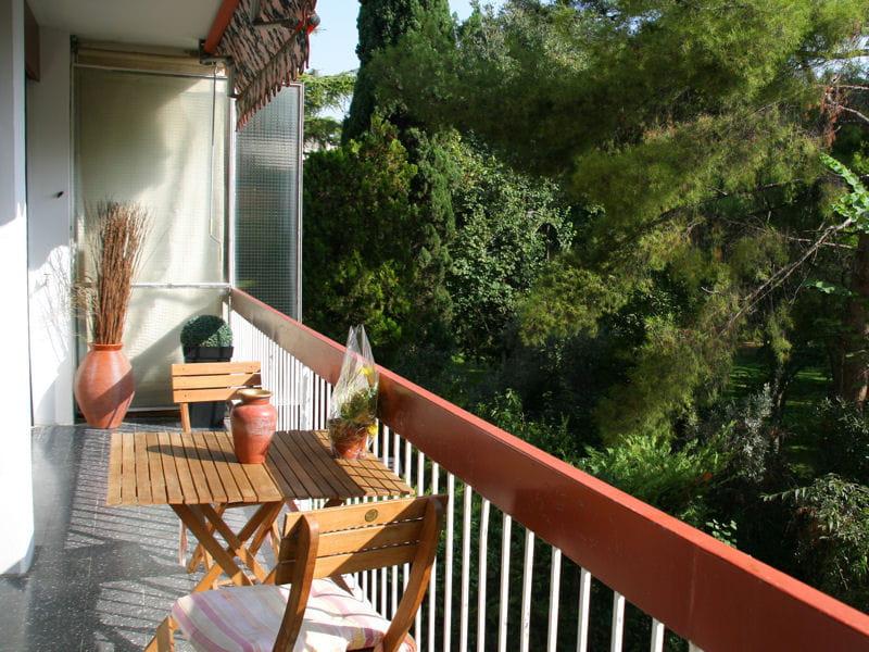 Petit espace balcon 35 id es d co pour l 39 am nager journal des femmes - Petit jardin de luxe montreuil ...
