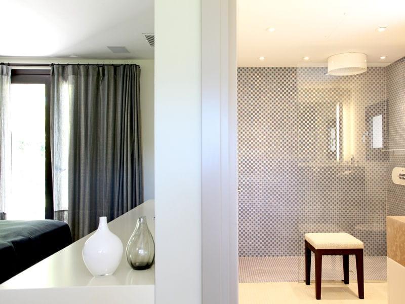 Salle de bain ouverte sur jardin ~ Solutions pour la décoration ...