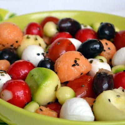 Salade Melon Mozzarella Tomates Cerise Olive Radis