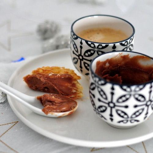 p te tartiner carambar et chocolat blanc 25 recettes au carambar journal des femmes. Black Bedroom Furniture Sets. Home Design Ideas