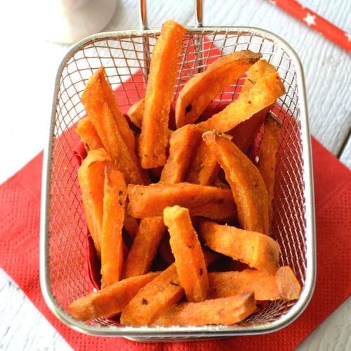Patates douces au four fa on frites 20 recettes de chips et frites de l gumes journal des - Frite de patate douce au four ...