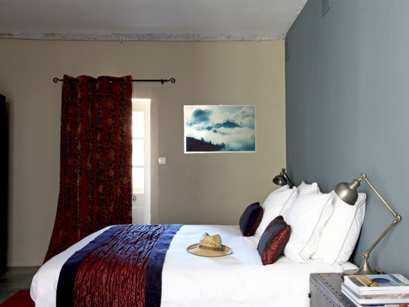 Une chambre tr s actuelle chambre d 39 amis des id es et for Deco chambre actuelle