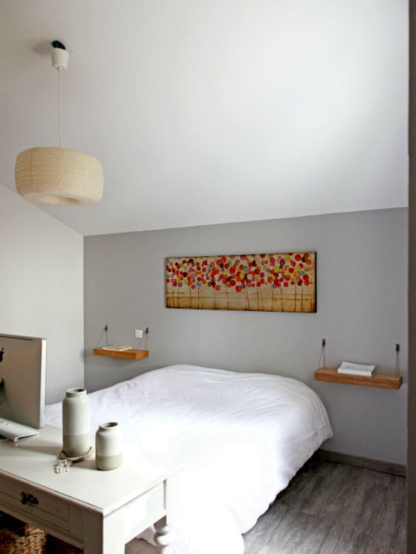 Une d coration murale pratique et chaleureuse d co murale l 39 art de la - Deco tablette murale ...