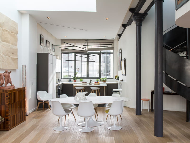 une cuisine ouverte esprit loft 40 cuisines ouvertes pratiques et esth tiques journal des. Black Bedroom Furniture Sets. Home Design Ideas