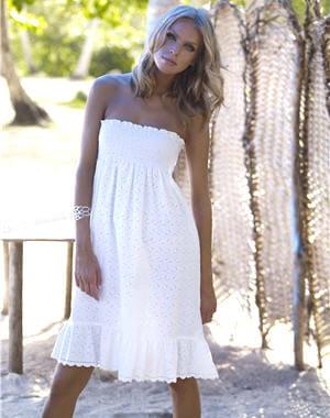 http://www.journaldesfemmes.com/mode/magazine/selection/15-robes-d-ete-a-moins-de-50-euros/image/robe-cotton-candy-bodique-28161.jpg