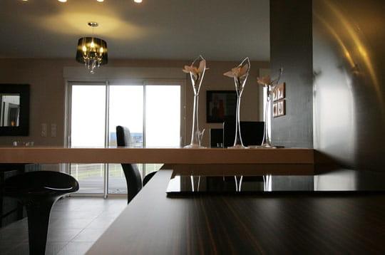 la baie vitr e des maisons modulaires pr tes vivre journal des femmes. Black Bedroom Furniture Sets. Home Design Ideas