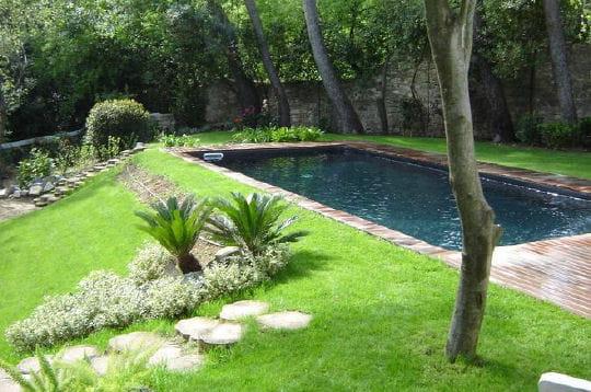 A l 39 entr e de la maison 30 piscines design pour se - L entree de la maison ...