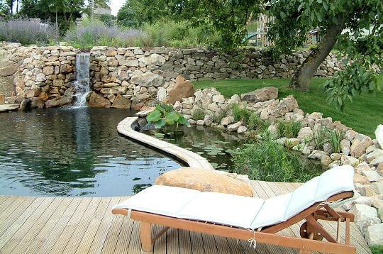 Petite cascade les baignades naturelles journal des femmes - Foto de bassin de jardin avec cascade ...