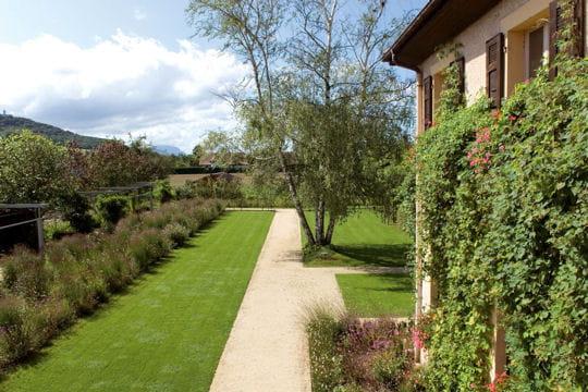 Mairie de massongy haute savoie 10 jardins dans l 39 air for Entretien jardin haute savoie