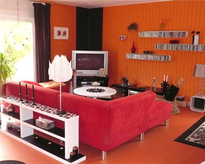 d co salon rouge et orange. Black Bedroom Furniture Sets. Home Design Ideas