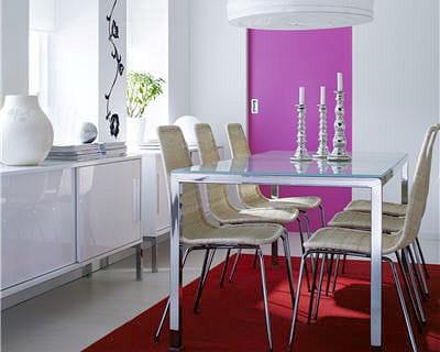 Une table pratique au quotidien 10 belles tables pour for Ikea buffet salle a manger