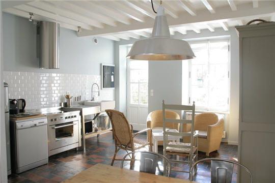 d co zen dans une maison de bord de mer journal des femmes. Black Bedroom Furniture Sets. Home Design Ideas
