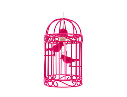 une cage oiseaux en guise de luminaire quatre pi ces printani res journal des femmes. Black Bedroom Furniture Sets. Home Design Ideas
