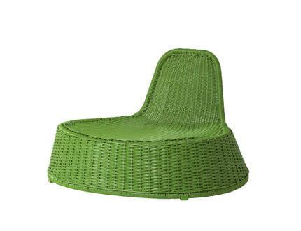 fauteuil d 39 osier quatre pi ces printani res sur journal des femmes. Black Bedroom Furniture Sets. Home Design Ideas