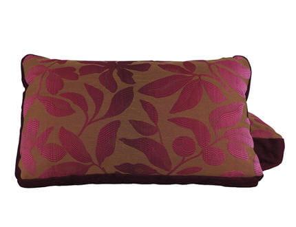 un coussin rose fleuri avant apr s une pi ce vivre devenue chaleureuse journal des femmes. Black Bedroom Furniture Sets. Home Design Ideas