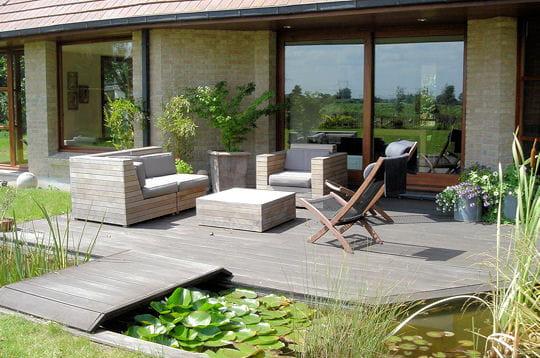 Une terrasse toute en bois : De somptueuses terrasses pour préparer ...