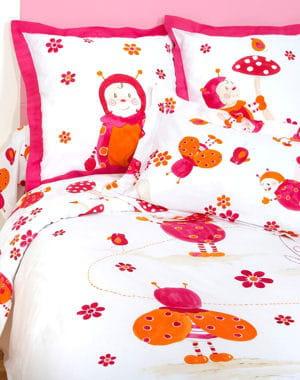 Jolie coccinnelle 20 parures de lit pour enfants - Parure de lit carre blanc ...