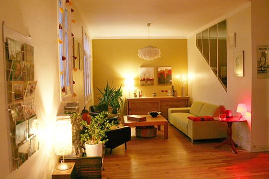 dans une ancienne chambre vos plus belles pi ces vivre journal des femmes. Black Bedroom Furniture Sets. Home Design Ideas