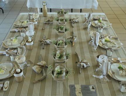 table toile matelas les tables de stef journal des. Black Bedroom Furniture Sets. Home Design Ideas