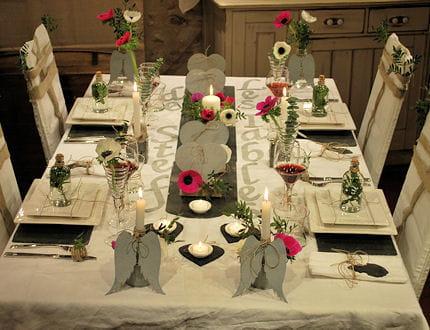 table zinc et ardoise les tables de stef journal des femmes. Black Bedroom Furniture Sets. Home Design Ideas