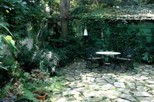 Au fond le jardin de pierre visite du jardin des for Au bout du jardin
