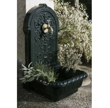 Fontaine en fonte fontaines d 39 ext rieur journal des femmes - Fontaine exterieure fonte ...