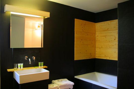 A la japonaise for Salle bain japonaise