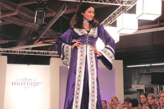 Ethnique et color e robes de mari e journal des femmes for Robes de renouvellement de voeux de mariage taille plus