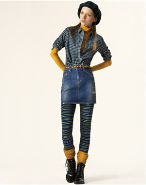 http://www.journaldesfemmes.com/mode/shopping-mode/selection/10-looks-signes-uniqlo/image/ensemble-jupe-jean-chemise-a-carreaux-498471.jpg