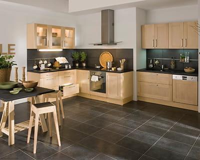 Nature bois cuisine claire 25 cuisines dans tous les for Deco cuisine bois