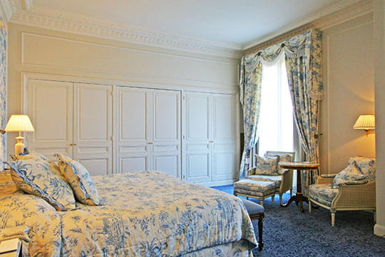 d co chambre toile jouy. Black Bedroom Furniture Sets. Home Design Ideas