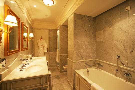 salle de bain idee deco - Salle De Bain Marbre Rose